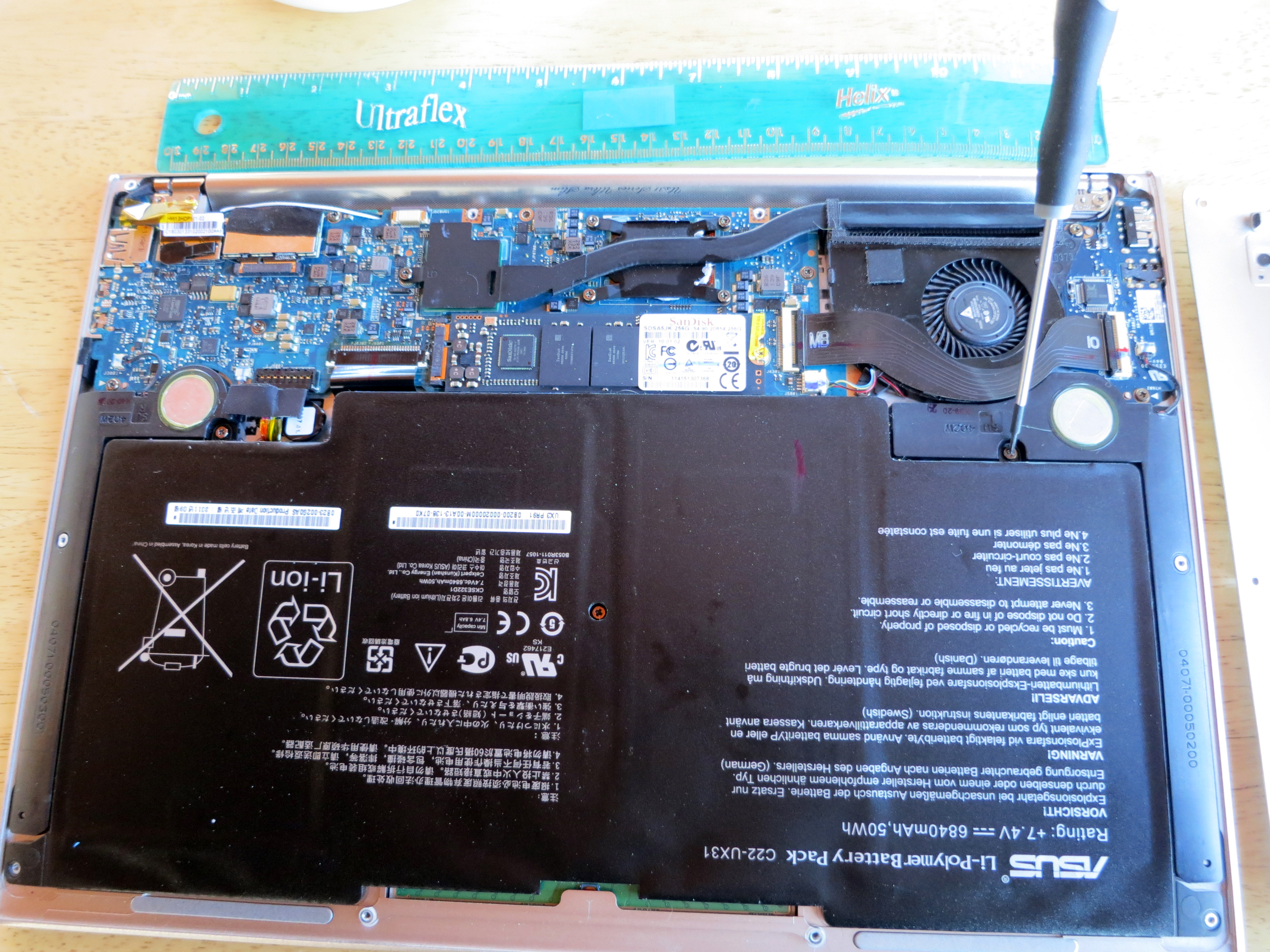 ASUS Zenbook UX31E-DH72 13 3 Inch Disassembly and Teardown