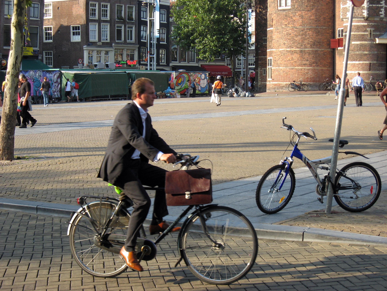 pr2b_amsterdam_bicycle_suit.jpg